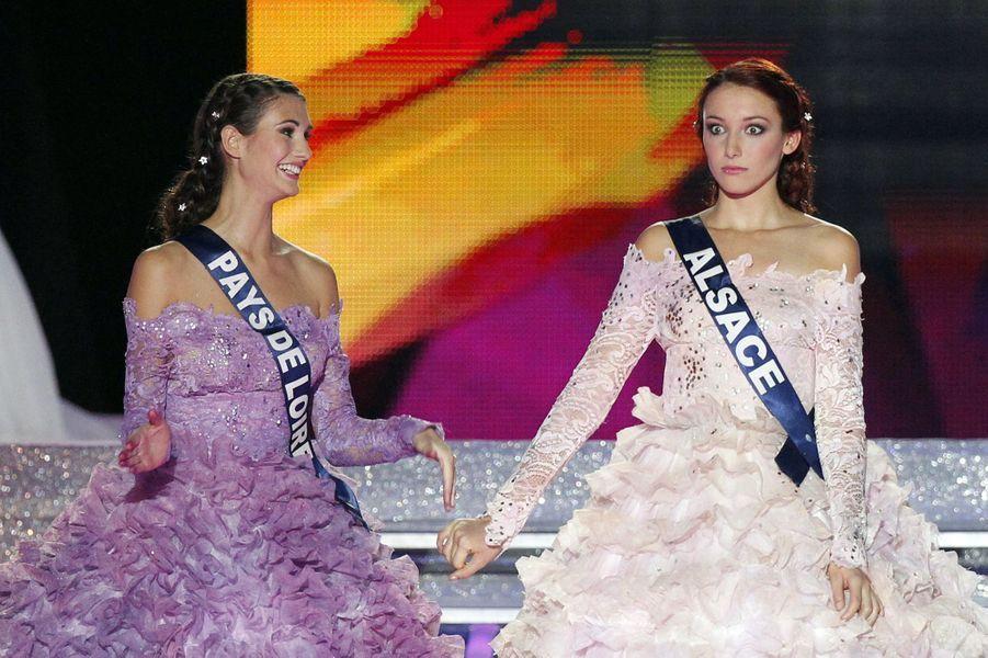 Delphine Wespiser lors de l'élection de Miss France 2012 àGuilers, près de Brest, le 3 décembre 2011