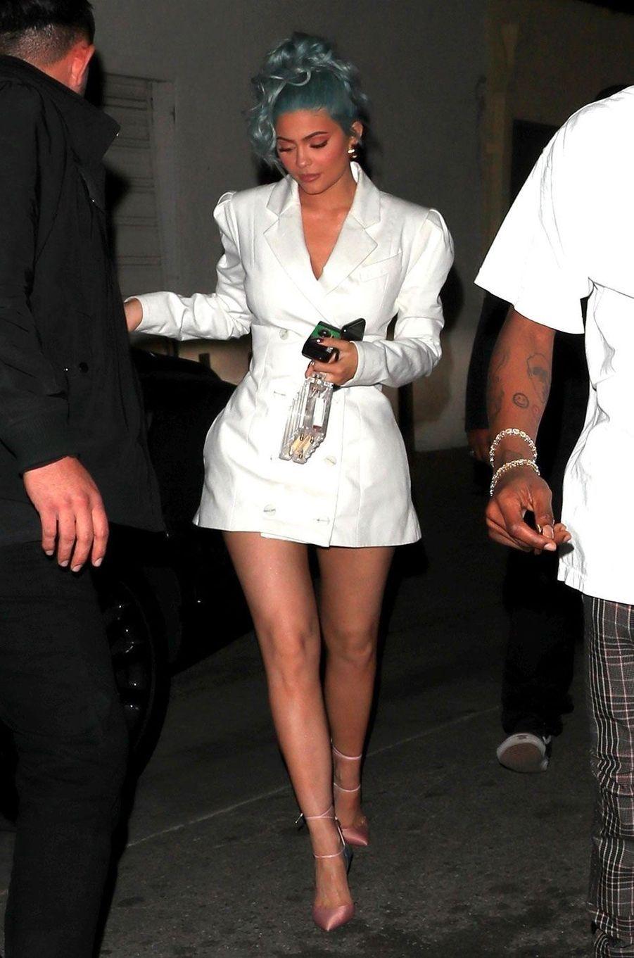 """Kylie Jenner porte la robe """"Leap of faith"""" de Maggie Marilyn le 31 décembre 2018"""