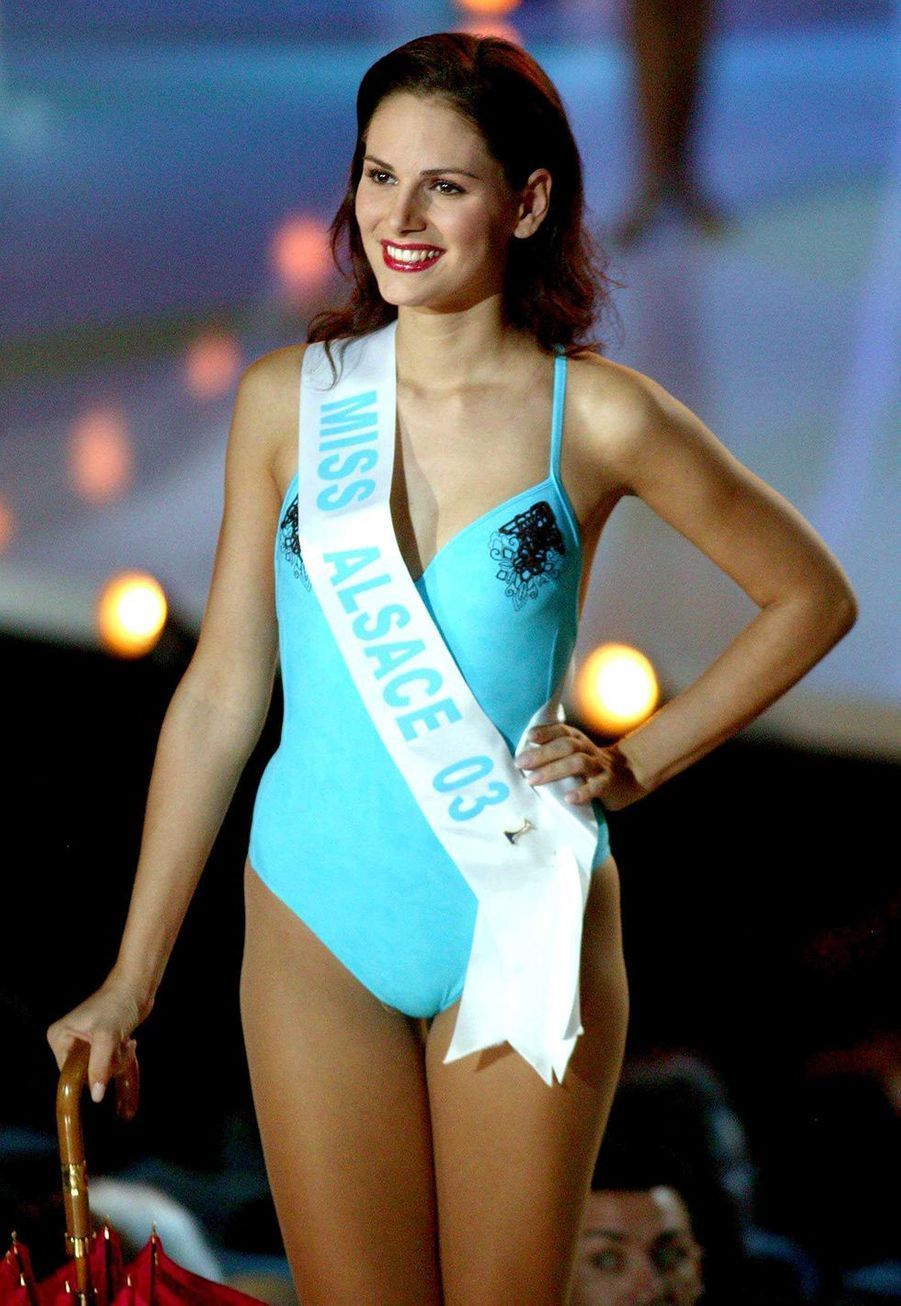 Lætitia Bléger le soir de l'élection Miss France à Deauville le 13 décembre 2003