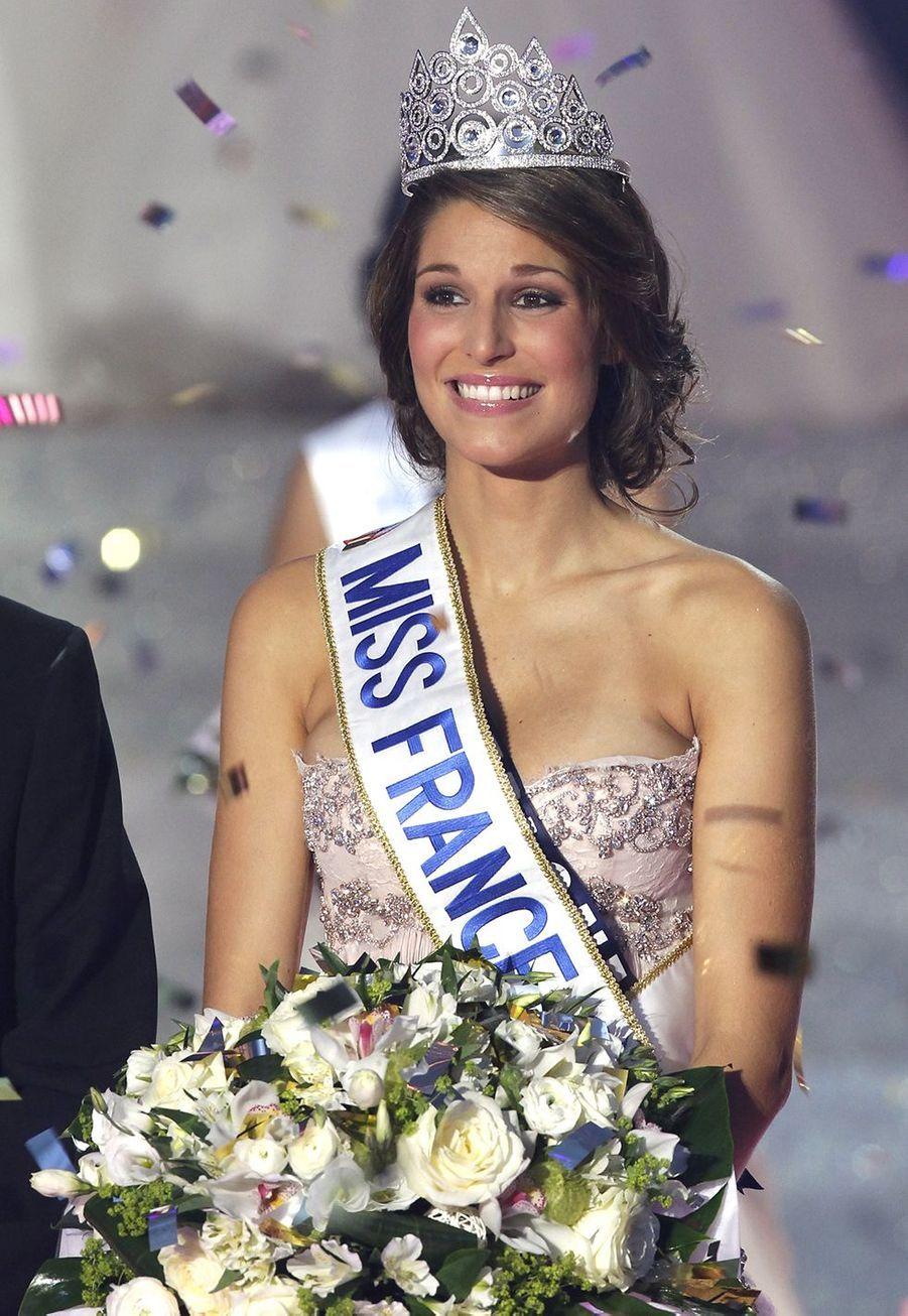 Laury Thilleman est sacrée Miss France 2011 à Caen le 4 décembre 2010