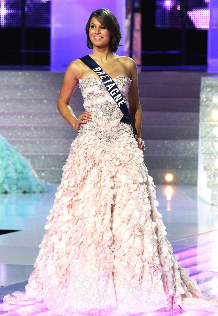 Laury Thilleman lors de l'élection de Miss France 2011 à Caen le 4 décembre 2010