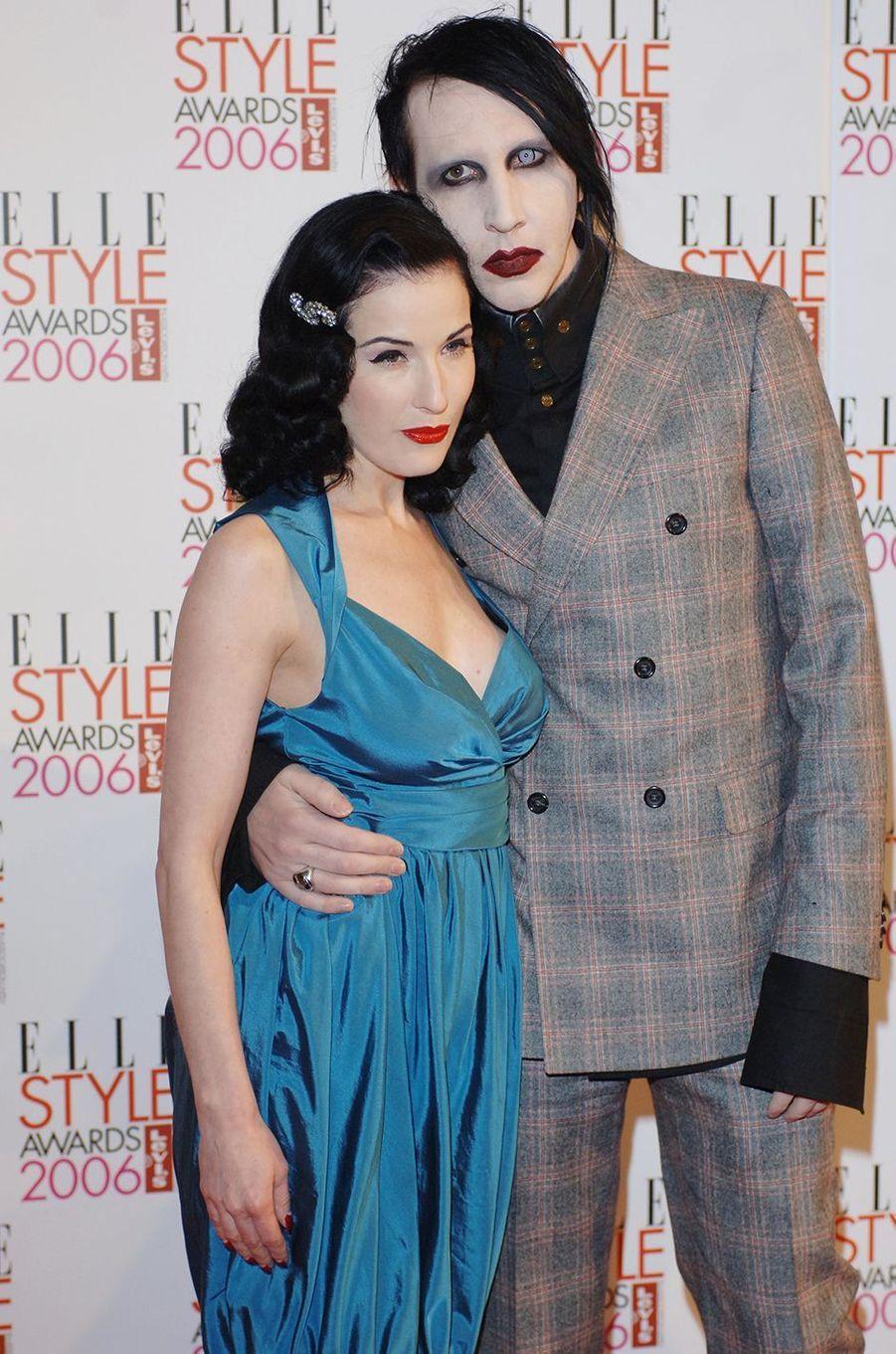 Dita Von Teese et Marilyn Manson aux ELLE Style Awards à Londres en février 2006