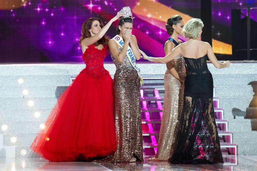 Marine Lorphelin est sacrée Miss France 2013 à Limoges le 8 décembre 2012