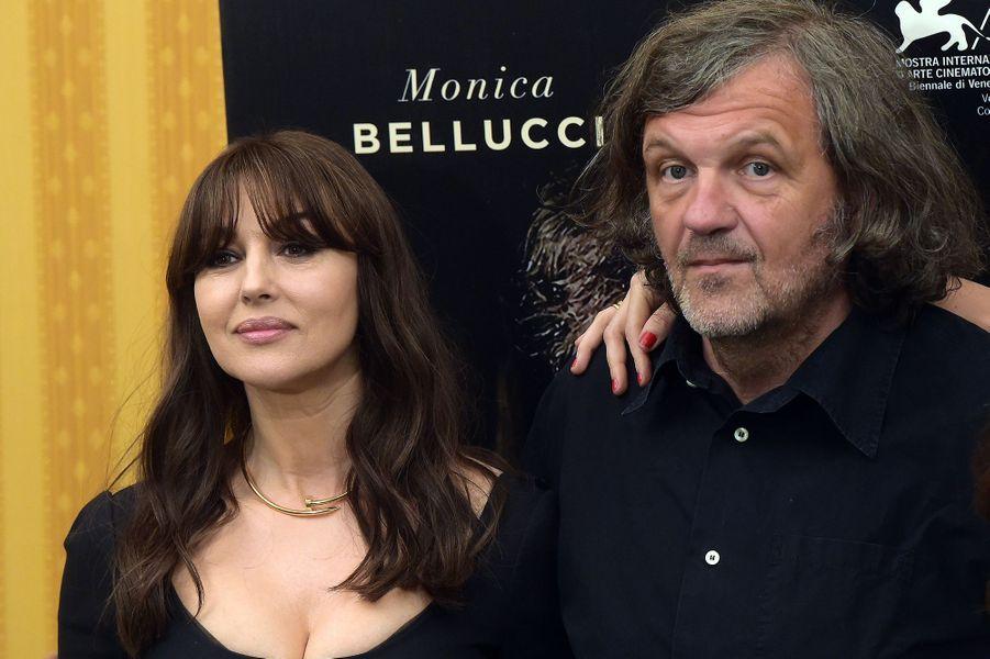 """Monica Bellucci et Emir Kusturica à Rome pour présenter """"On The Milky Road"""", le dimanche 8 mai 2017."""