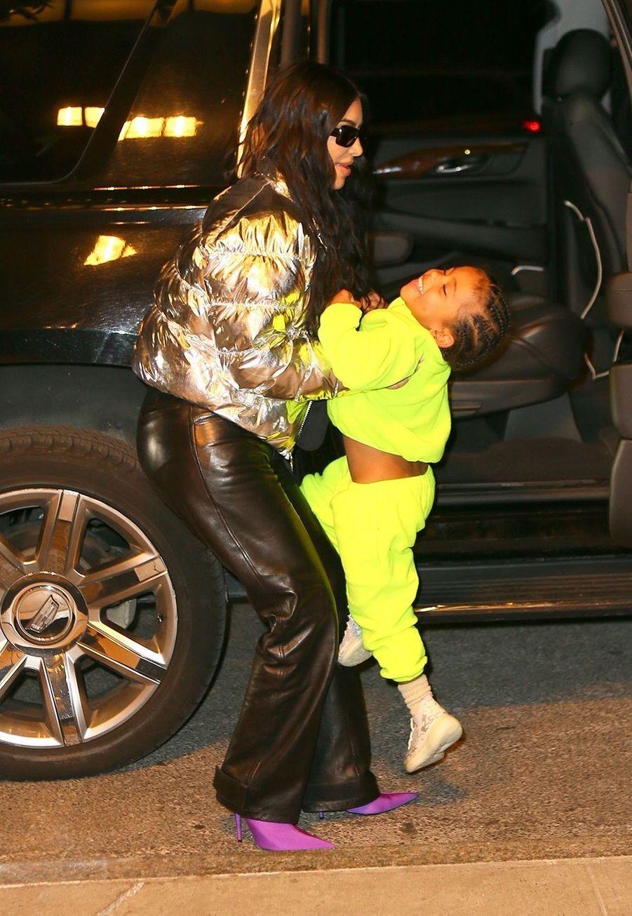 Saint West et Kim Kardashianà New York le 22 décembre 2019