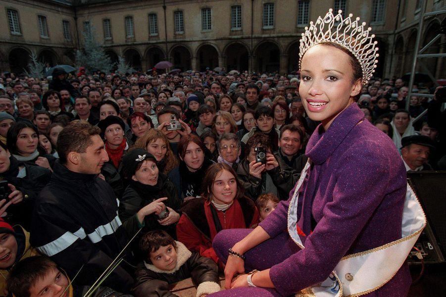 Sonia Rolland, retour triomphal en Bourgogne après son élection en décembre 1999