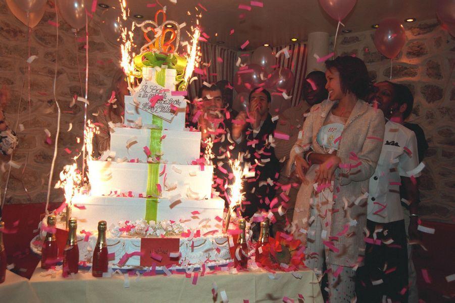 Sonia Rollandaux célébrations de ses 20 ans à Paris en février 2001