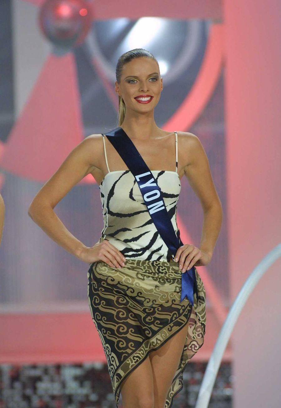 Sylvie Tellier lors de l'élection de Miss France 2002 à Mulhouse le 8 décembre 2001