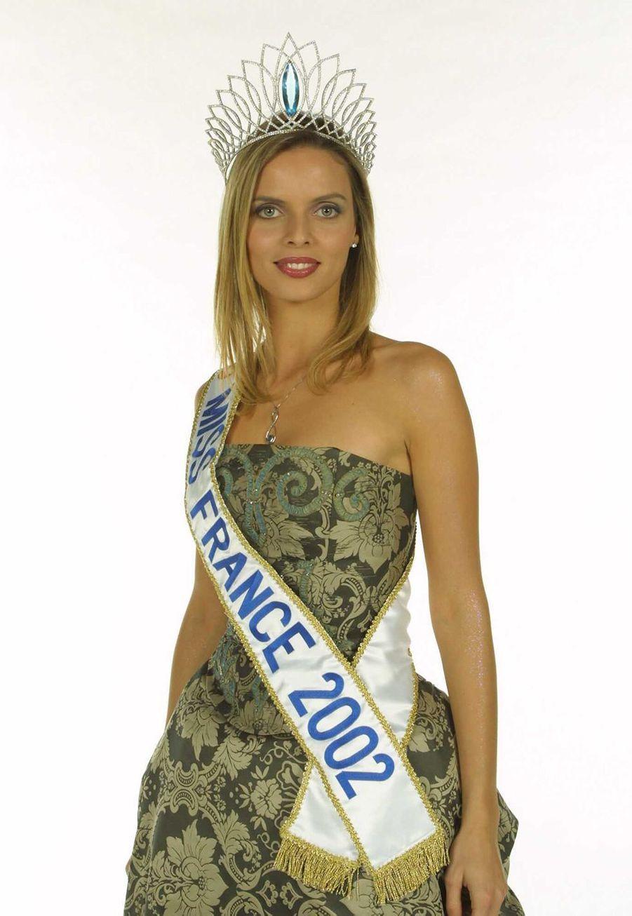 Sylvie Tellier sacrée Miss France 2002. Photo réalisée après son élection en décembre 2001.