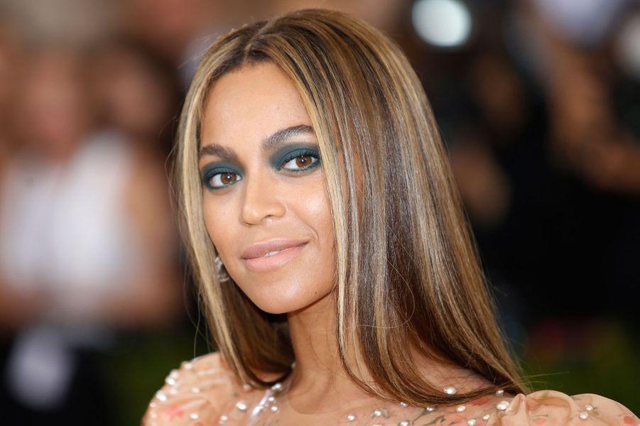 5. Beyoncé54 millions de dollars (48,7 millions d'euros)