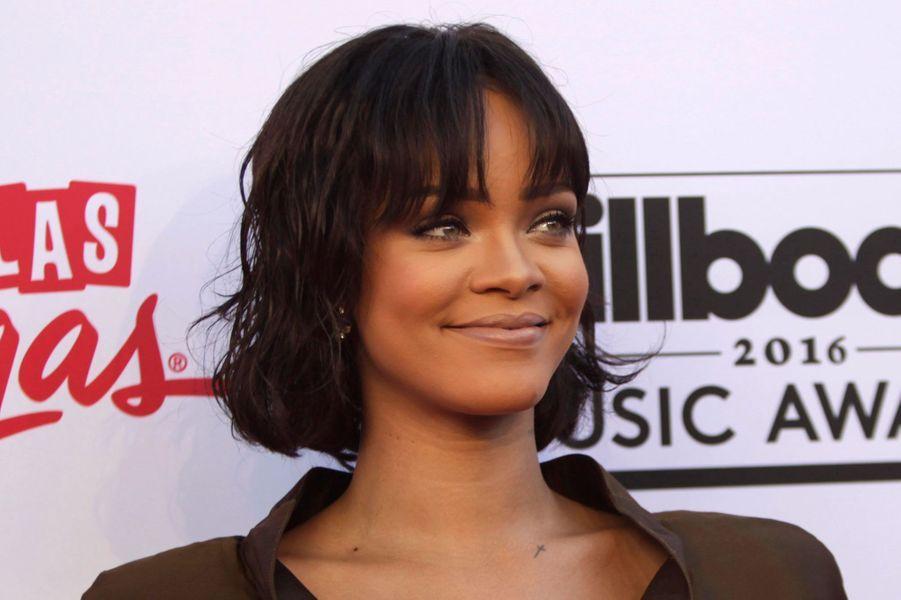 4. Rihanna75 millions de dollars (67,7 millions d'euros)