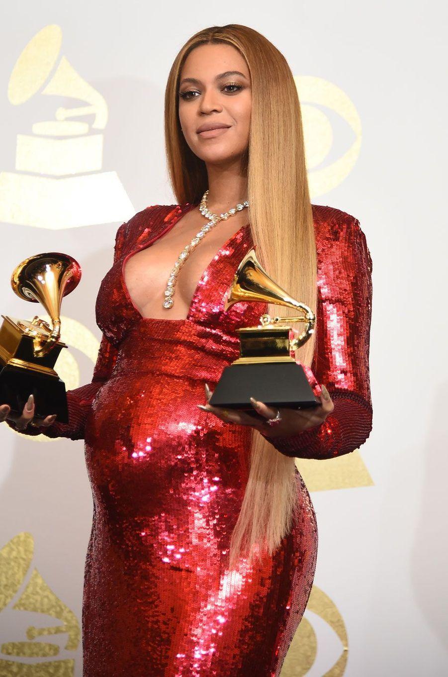 Beyoncé, 105 millions de dollars