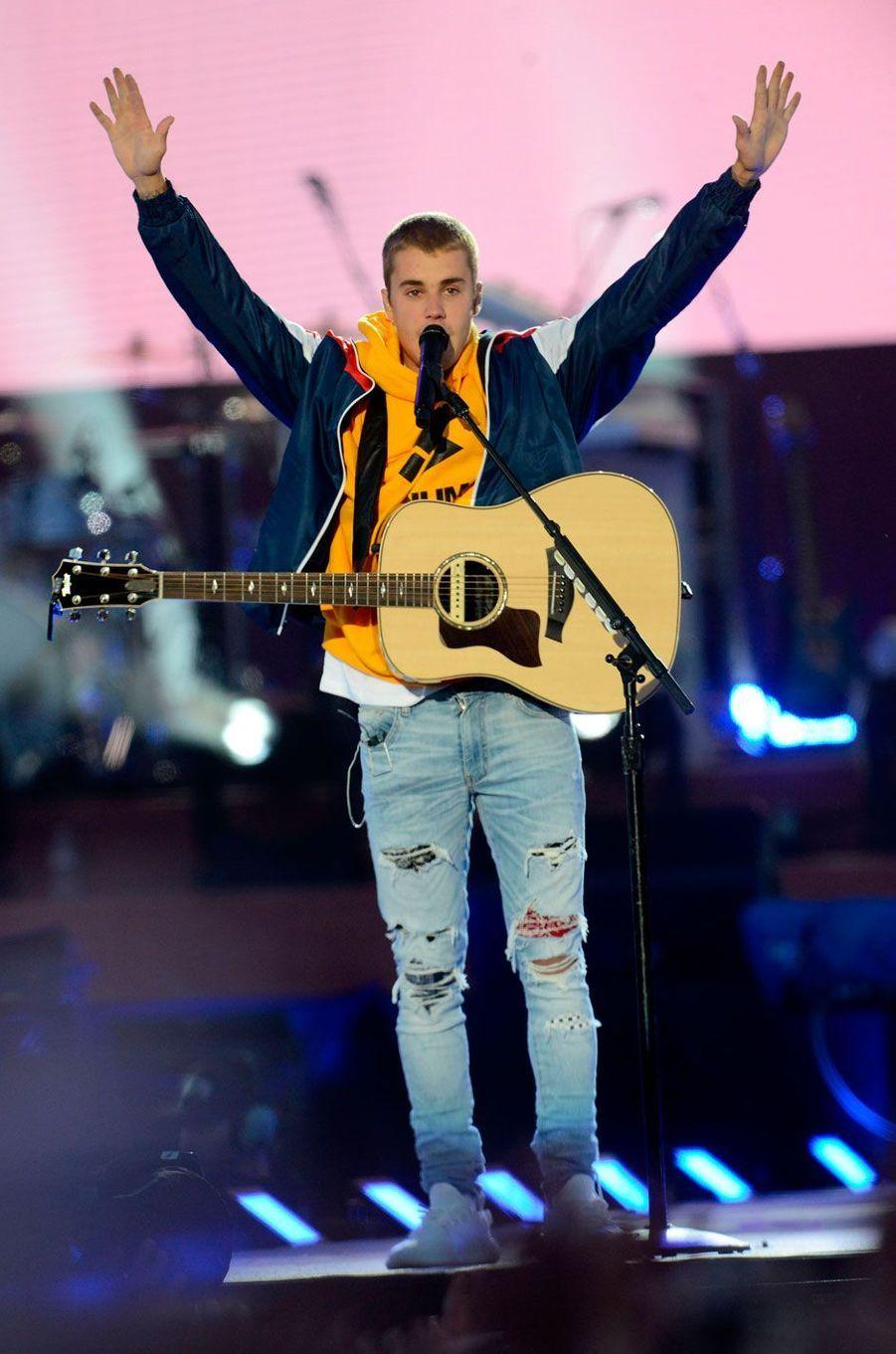 Justin Bieber, 83,5 millions de dollars