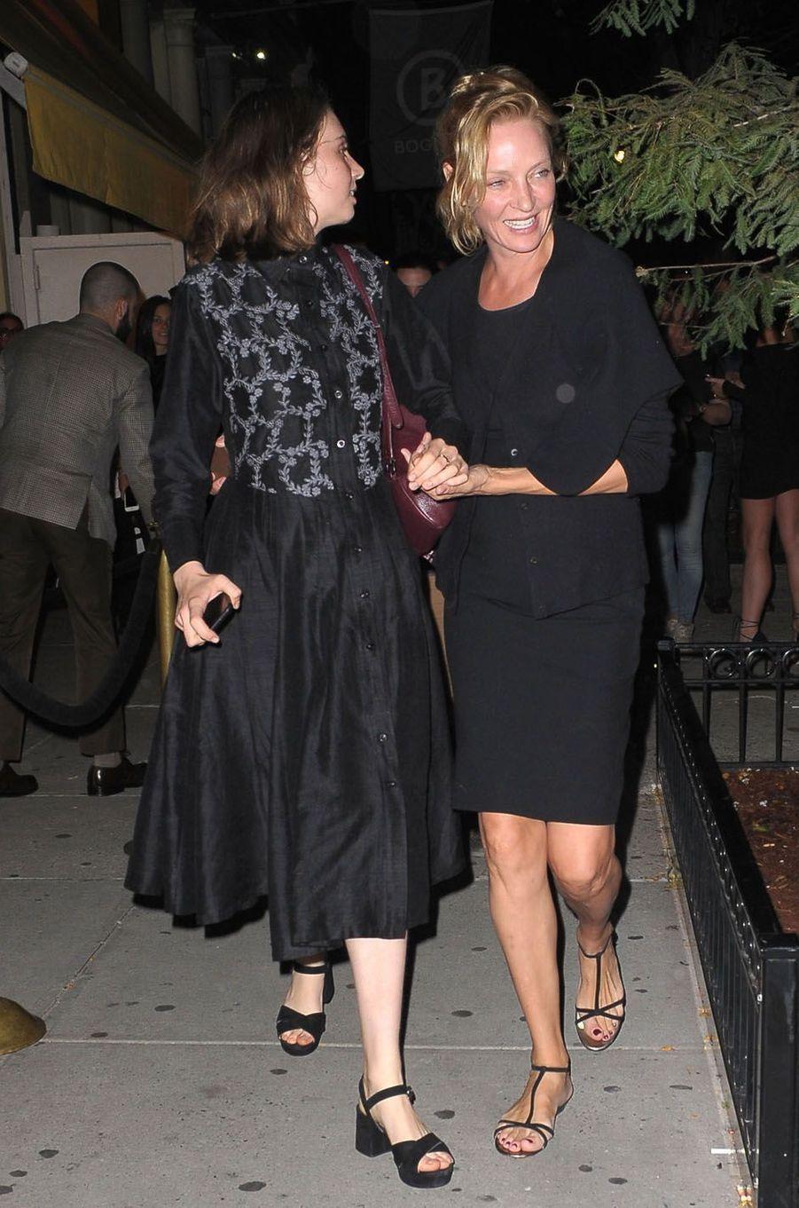Uma Thurman et sa fillelors de la fête de fiançailles de Quentin Tarantino et Daniella Pick, le 23 septembre 2017 à New York.