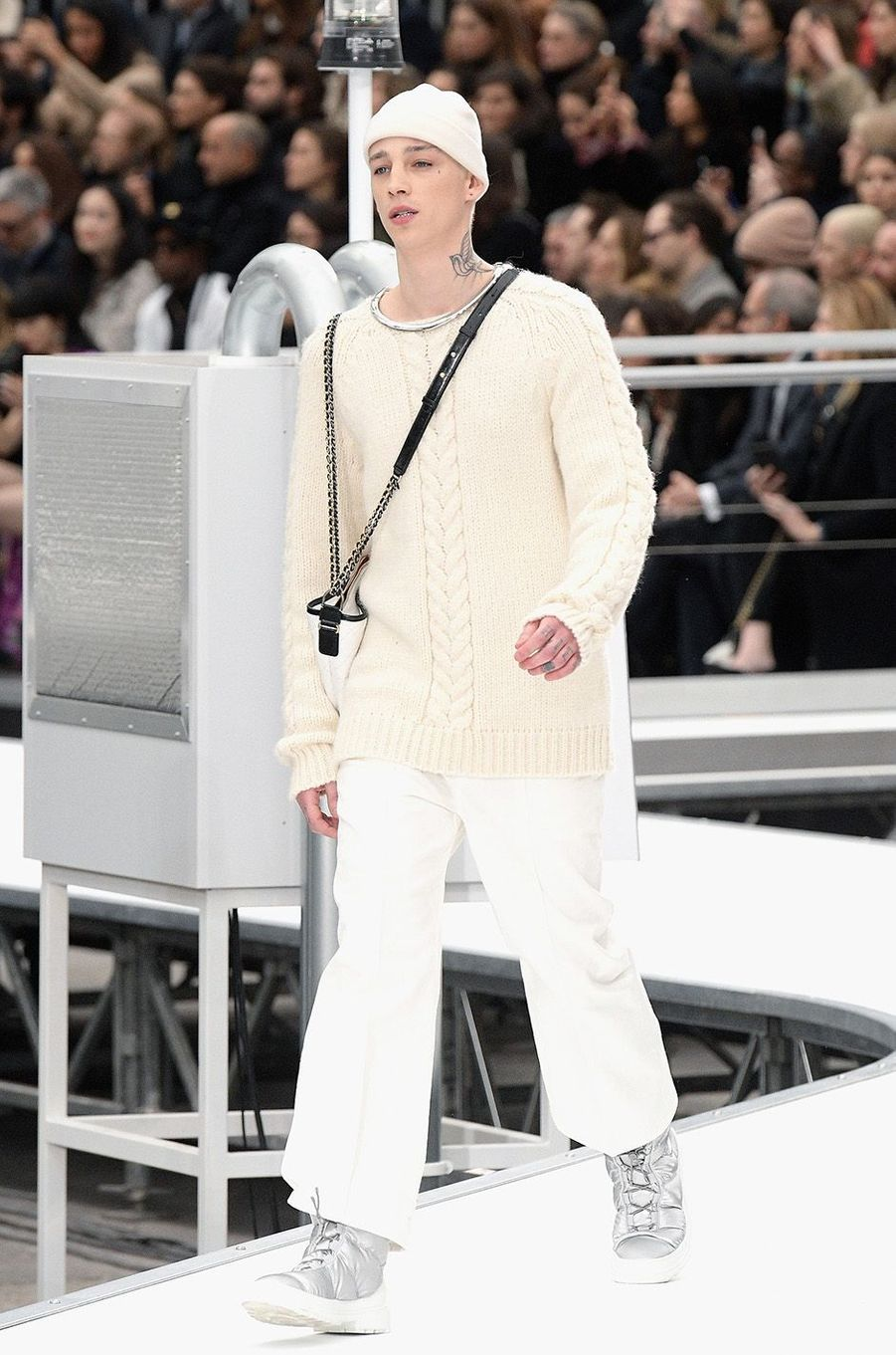 Ash Stymest au défilé Chanel à Paris, le 8 mars 2017.
