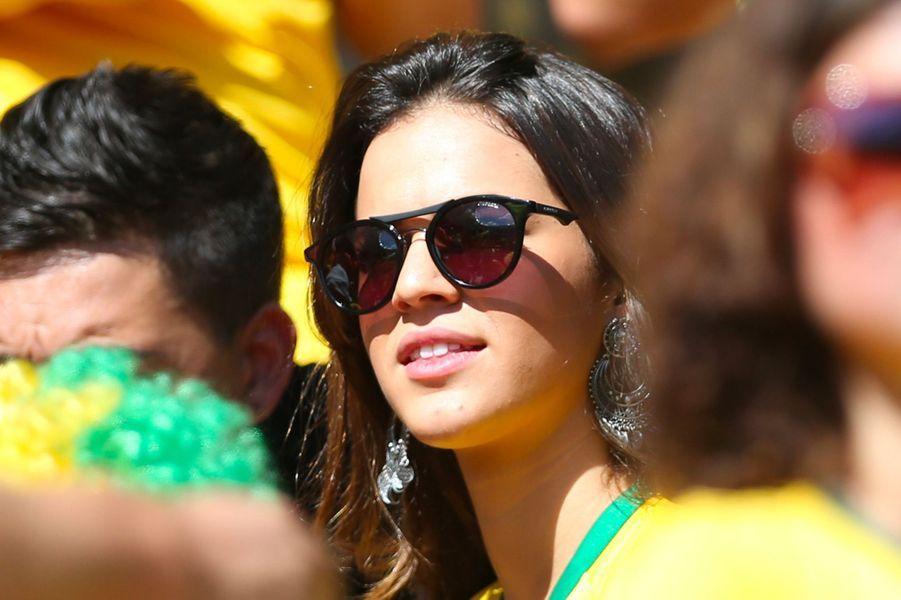 Bruna Marquezine en juin 2014