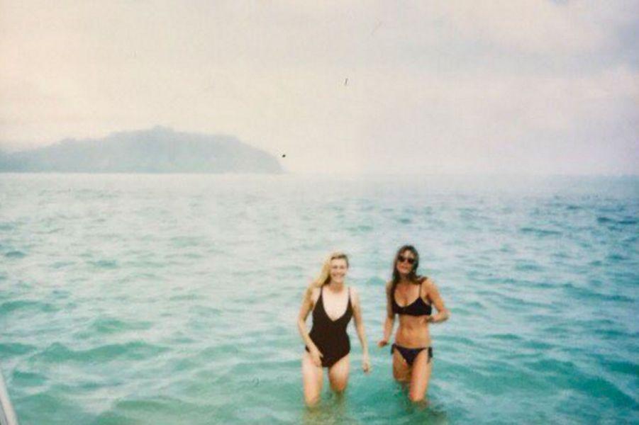 Leila George à Hawaï