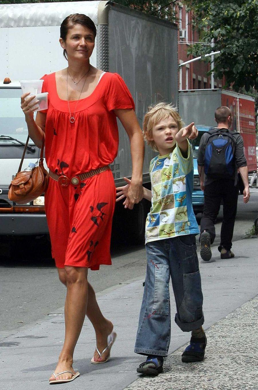 Mingus Reedus avec sa mère Helena Christensen en 2006.