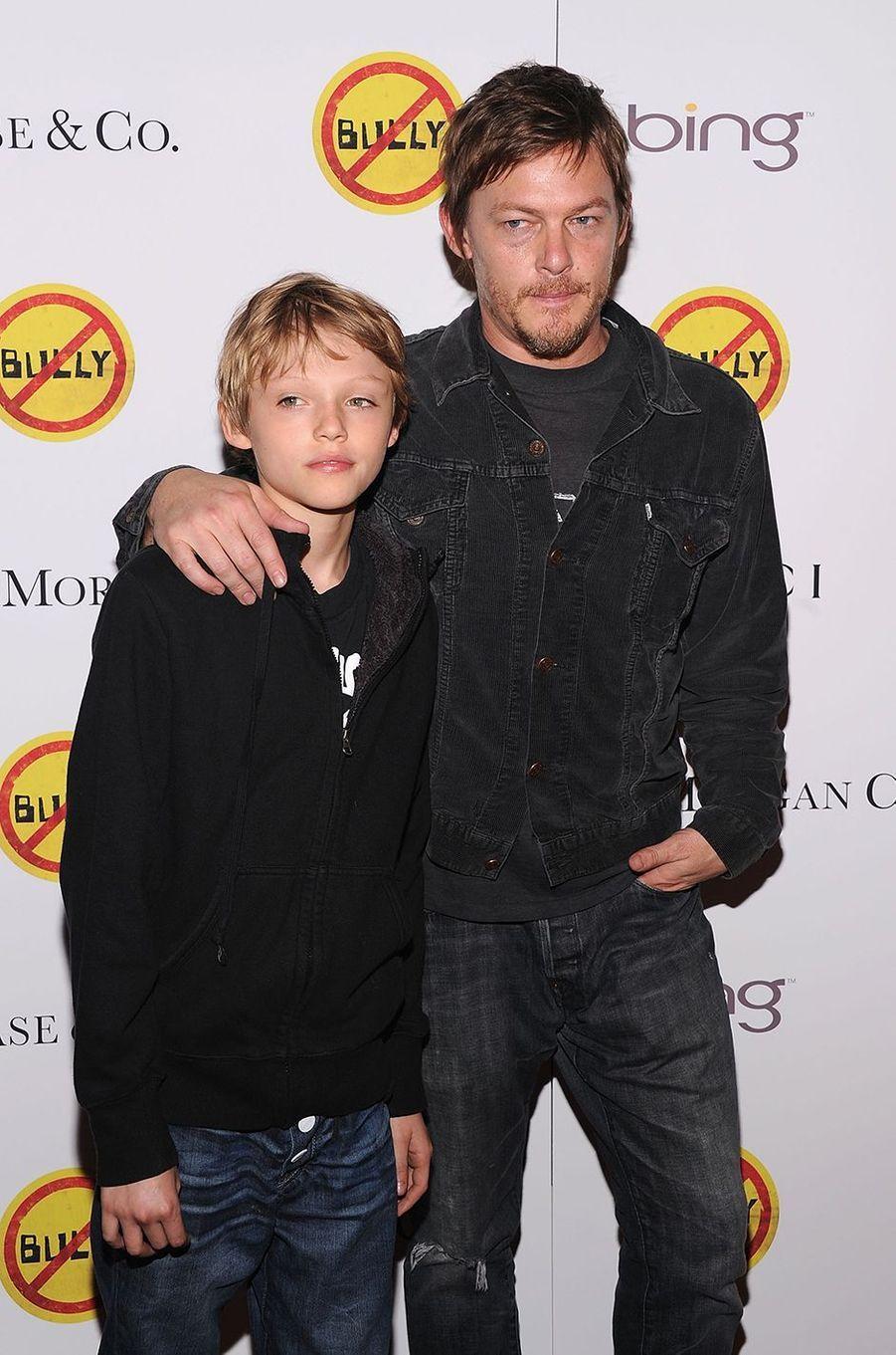 Mingus Reedus avec son père Norman Reedus en 2012.