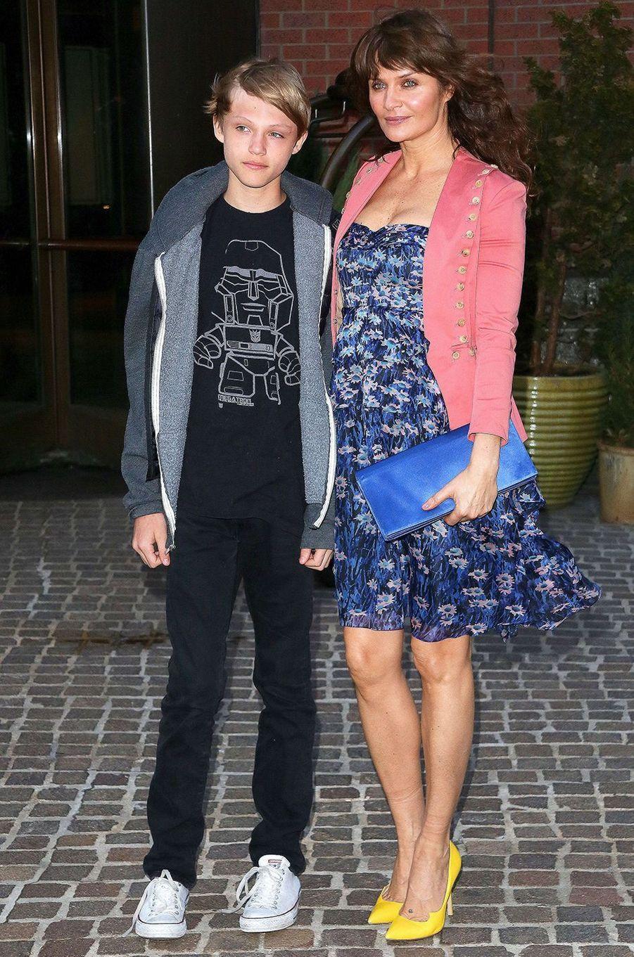 Mingus Reedus avec sa mère Helena Christensen en 2014.
