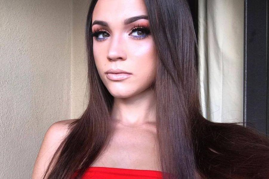 """Natalie Zettel, la cousine """"secrète"""" du clan Kardashian."""
