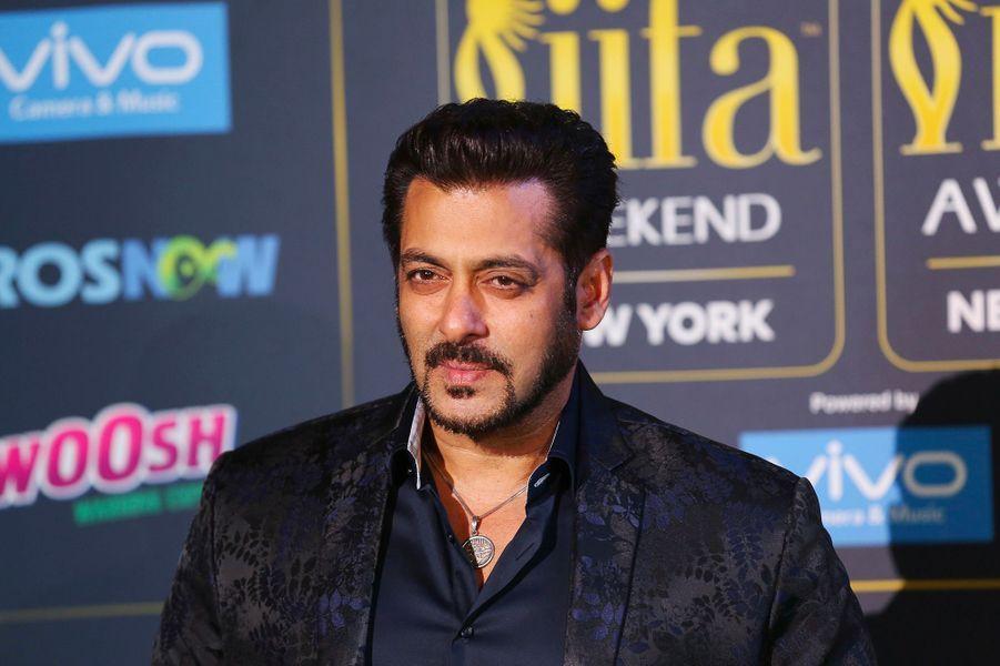 9) Salman Khan – 38,5 millions de dollars