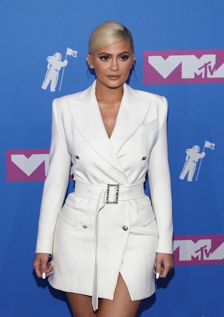 5- Kylie Jenner (1 milliard de dollars)