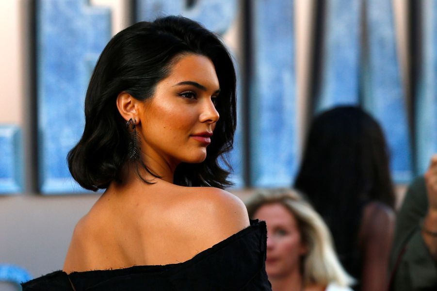 1. Kendall Jenner – 22 millions de dollars