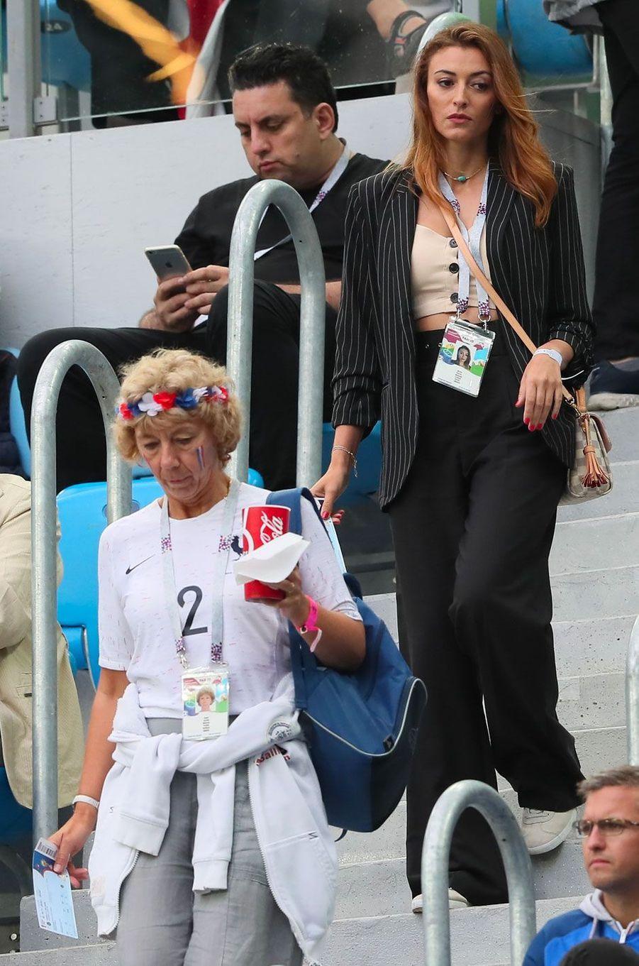 Rachel Legrain-Trapani et Nathalie, la mère de Benjamin Pavard lors de la demi-finale de la coupe du monde (France-Belgique) à Saint-Pétersbourg le 10 juillet 2018
