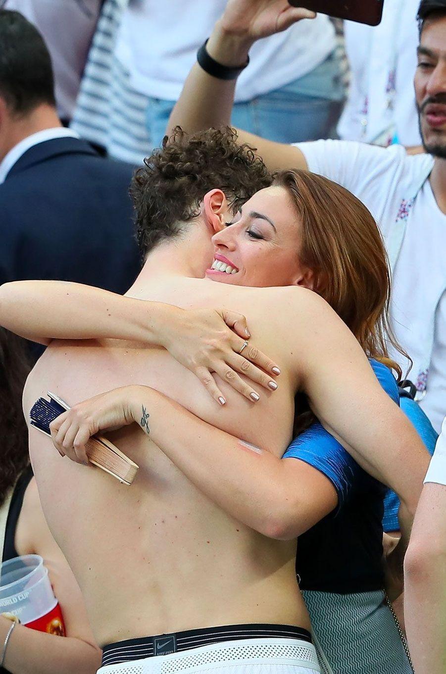 Rachel Legrain-Trapani et Benjamin Pavard le 30 juin 2018 après les huitièmes de finale (France-Argentine) à Kazan.