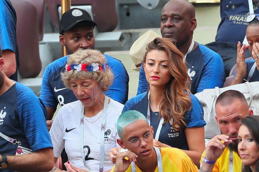 Rachel Legrain-Trapani et Nathalie, la mère de Benjamin Pavard, lors de la finale de la coupe du monde (France-Belgique) à Moscou le 15 juillet 2018