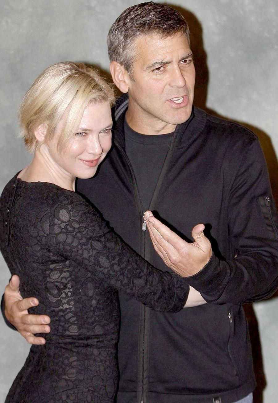 Renée Zellweger et George Clooney à la première du film «Jeux de dupes» à Rome en 2008