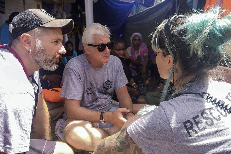 Richard Gere à bord de l'Open Arms, un bateau humanitaire venant en aide aux migrants dans la Méditerranée, le 9 août 2019