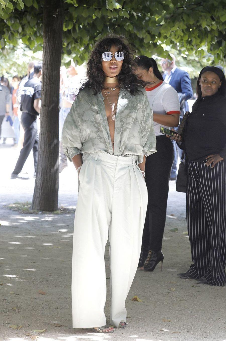 Naomi Campbell au défilé homme Louis Vuitton jeudi 21 juin à Paris