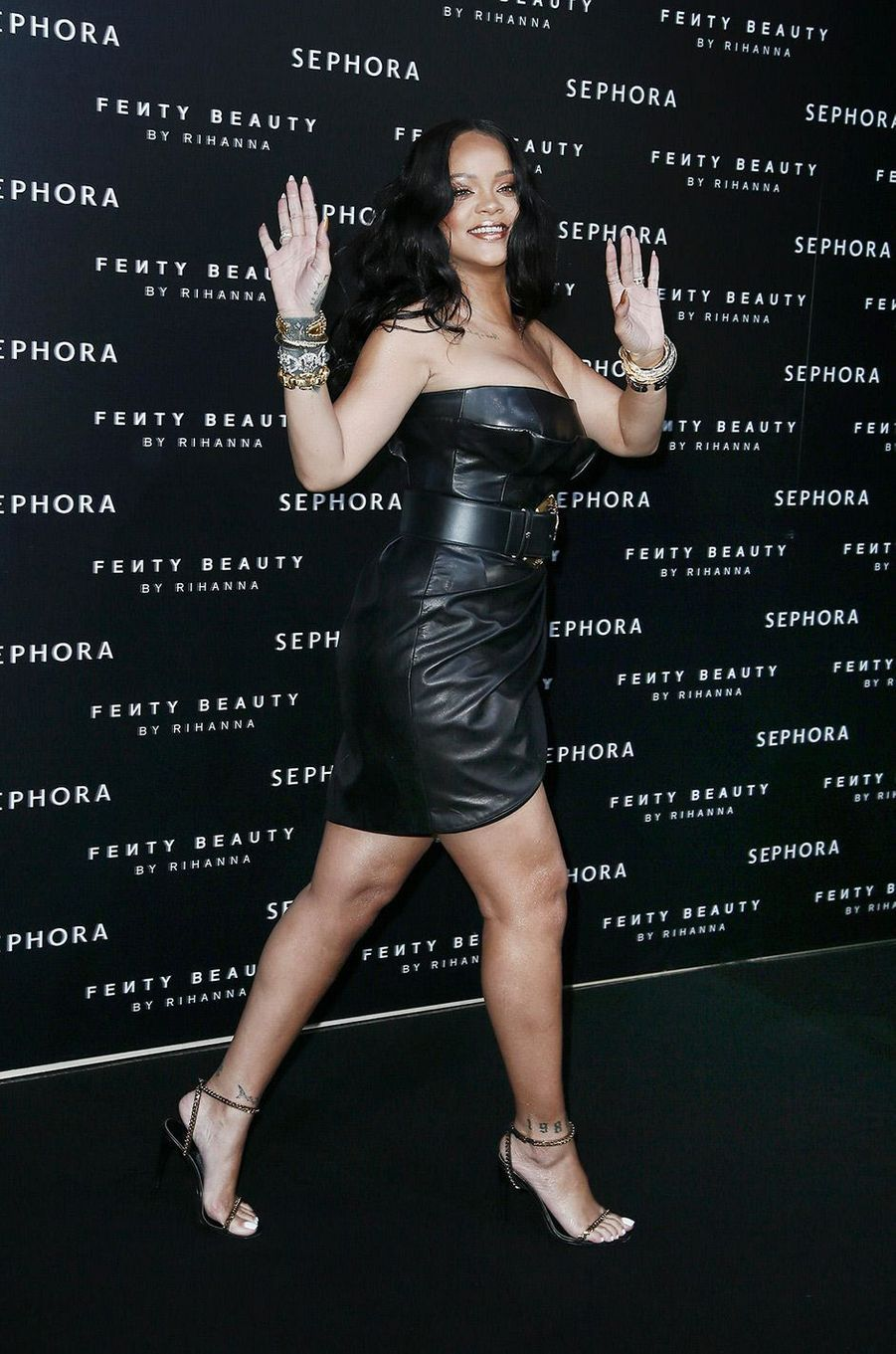 Rihanna au lancement de ses produits pour le corps Fenty Beauty à Milan