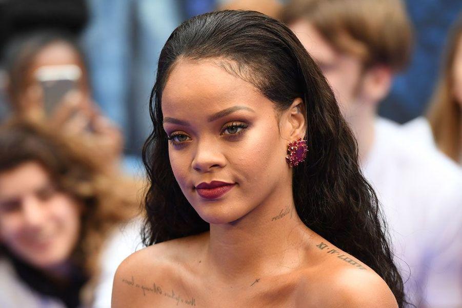 """Rihanna à l'avant-première de """"Valérian"""", ce lundi soir à Londres en Angleterre"""
