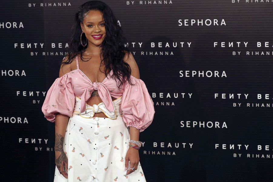 Rihanna ravissante