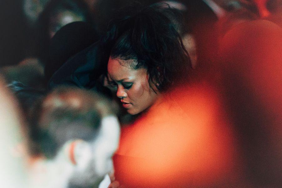 Rihanna à l'Arc pour la Fashion Week de Paris.