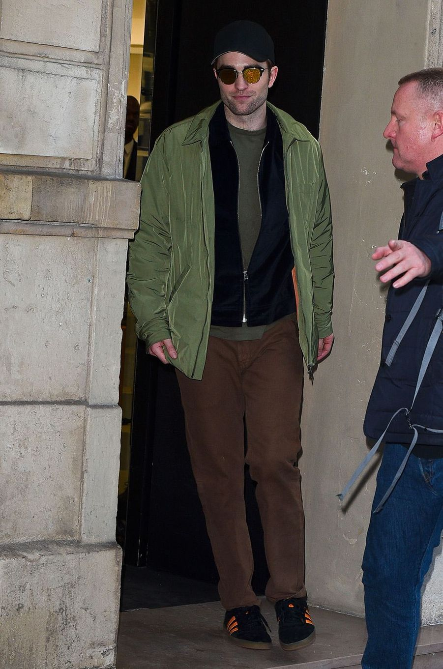Robert Pattinson à Paris pour la Fashion Week