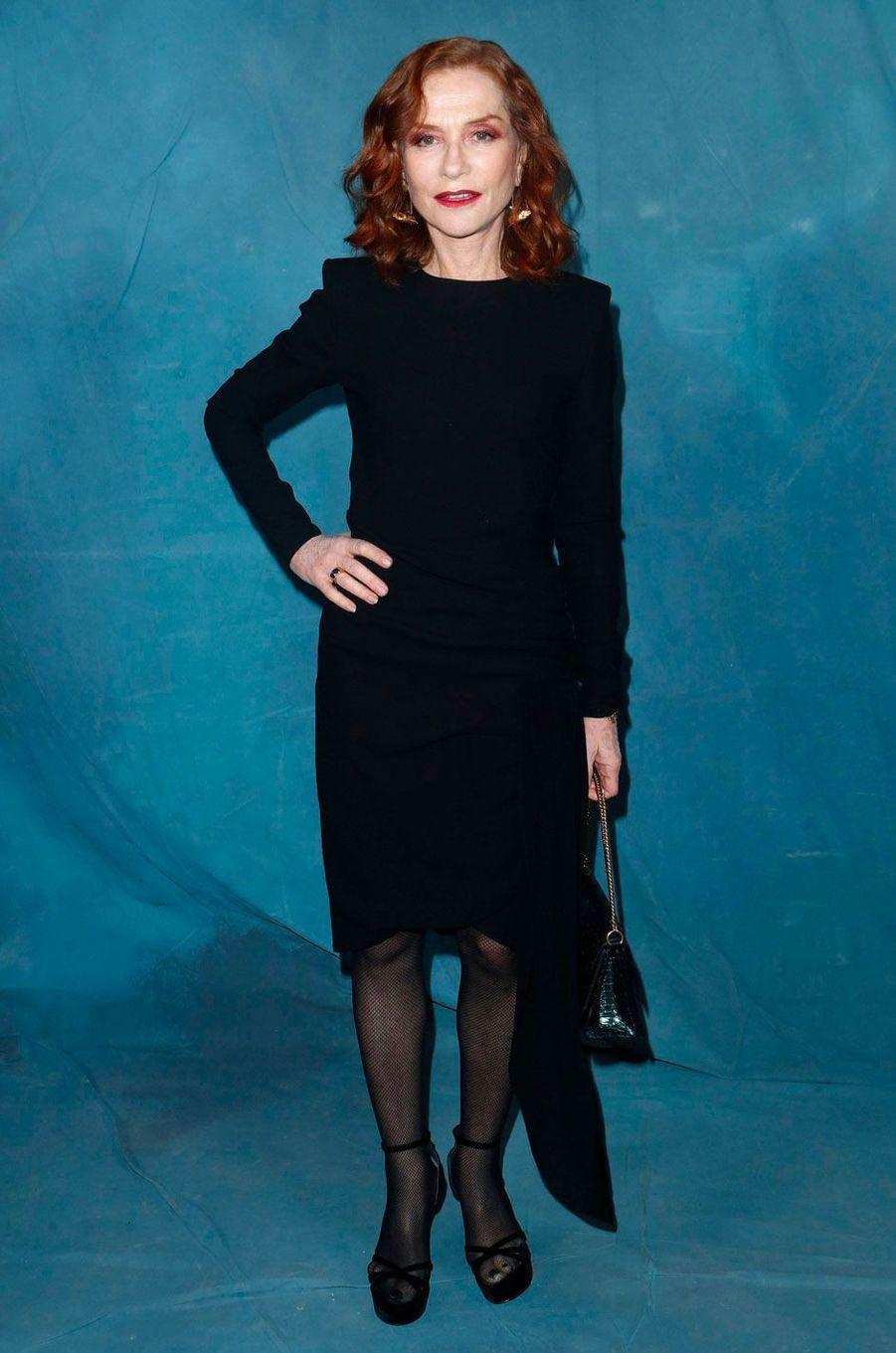 Isabelle Huppert au défilé Givenchy à Paris le 30 septembre 2018