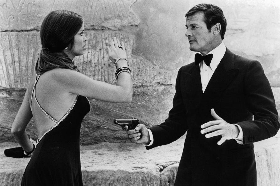 Roger Moore et Barbara Bach dans «L'espion qui m'aimait» en 1977