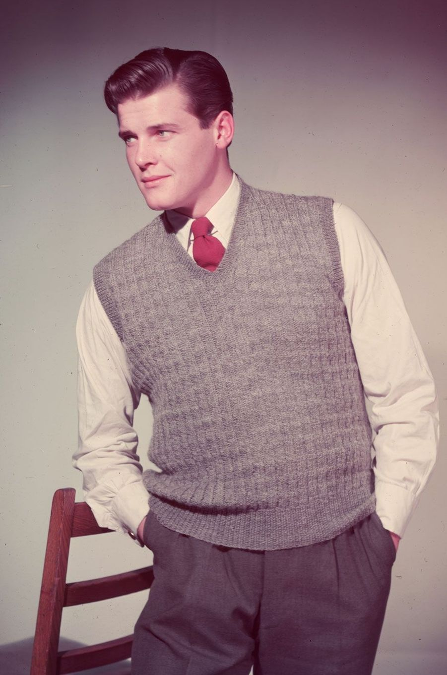 Roger Moore en 1955