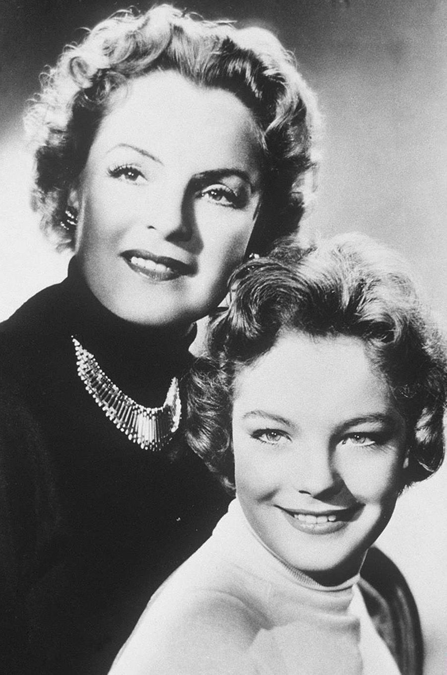 Romy Schneider et sa mère en 1955.