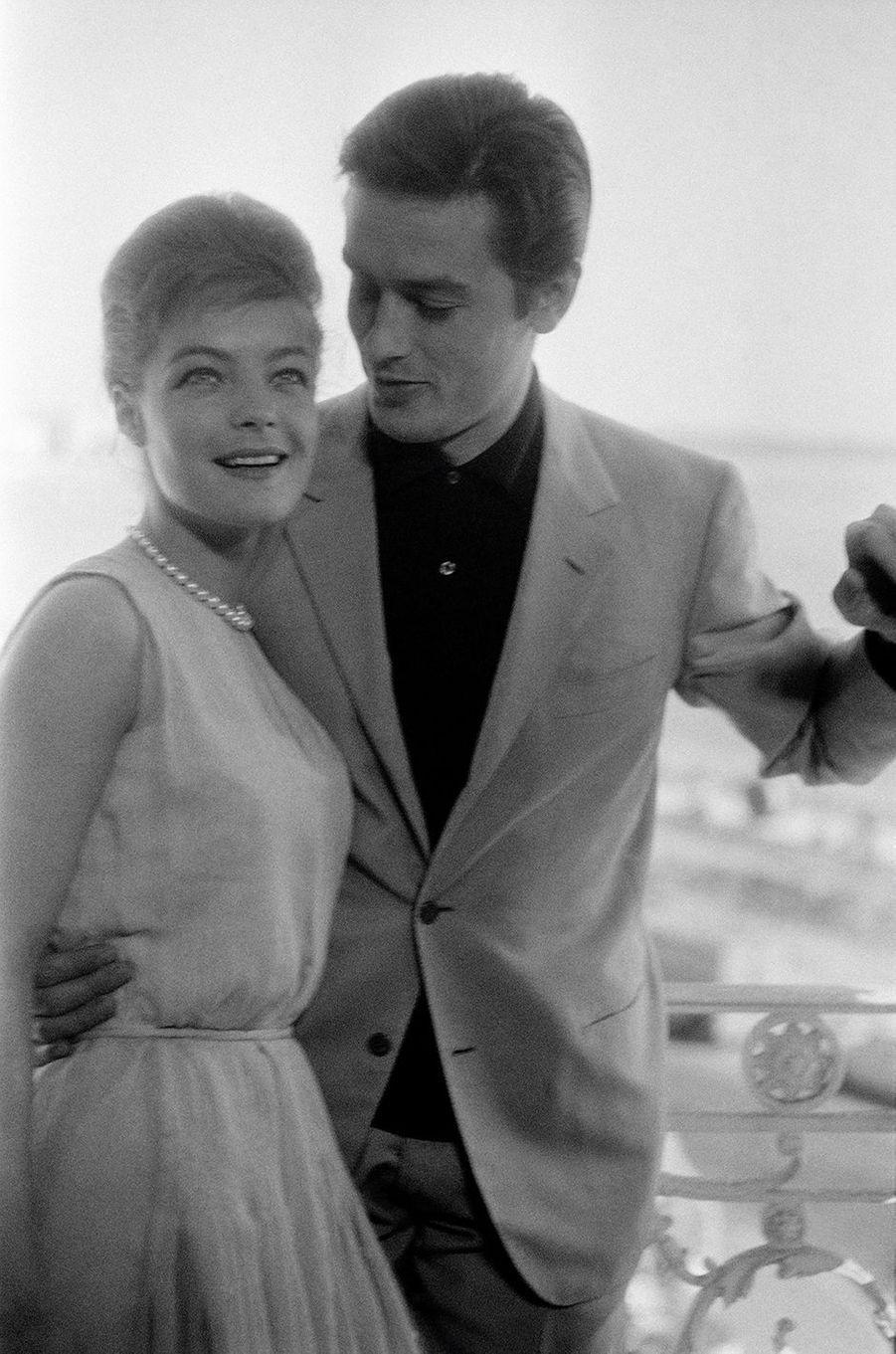 Romy et Alain Delon à Cannes en 1962.