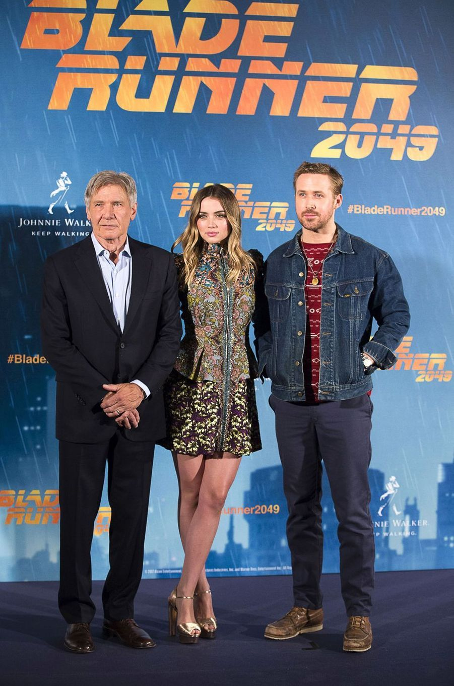 "Harrison Ford, Ana de Armas et Ryan Goslingau photocall de ""Blade Runner 2049"", à Madrid le 19 septembre 2017."