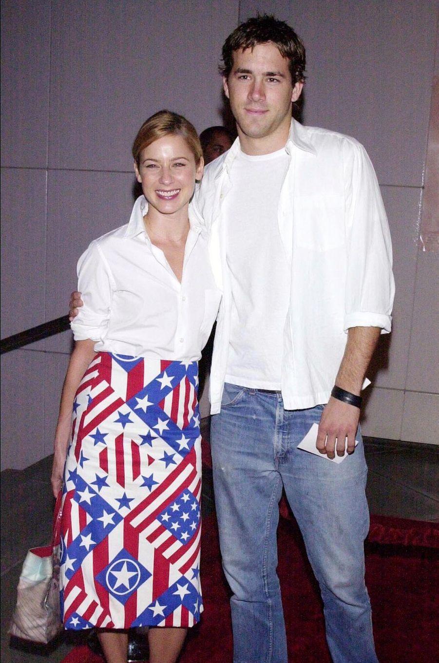 Traylor Howard et Ryan Reynolds en 2000.