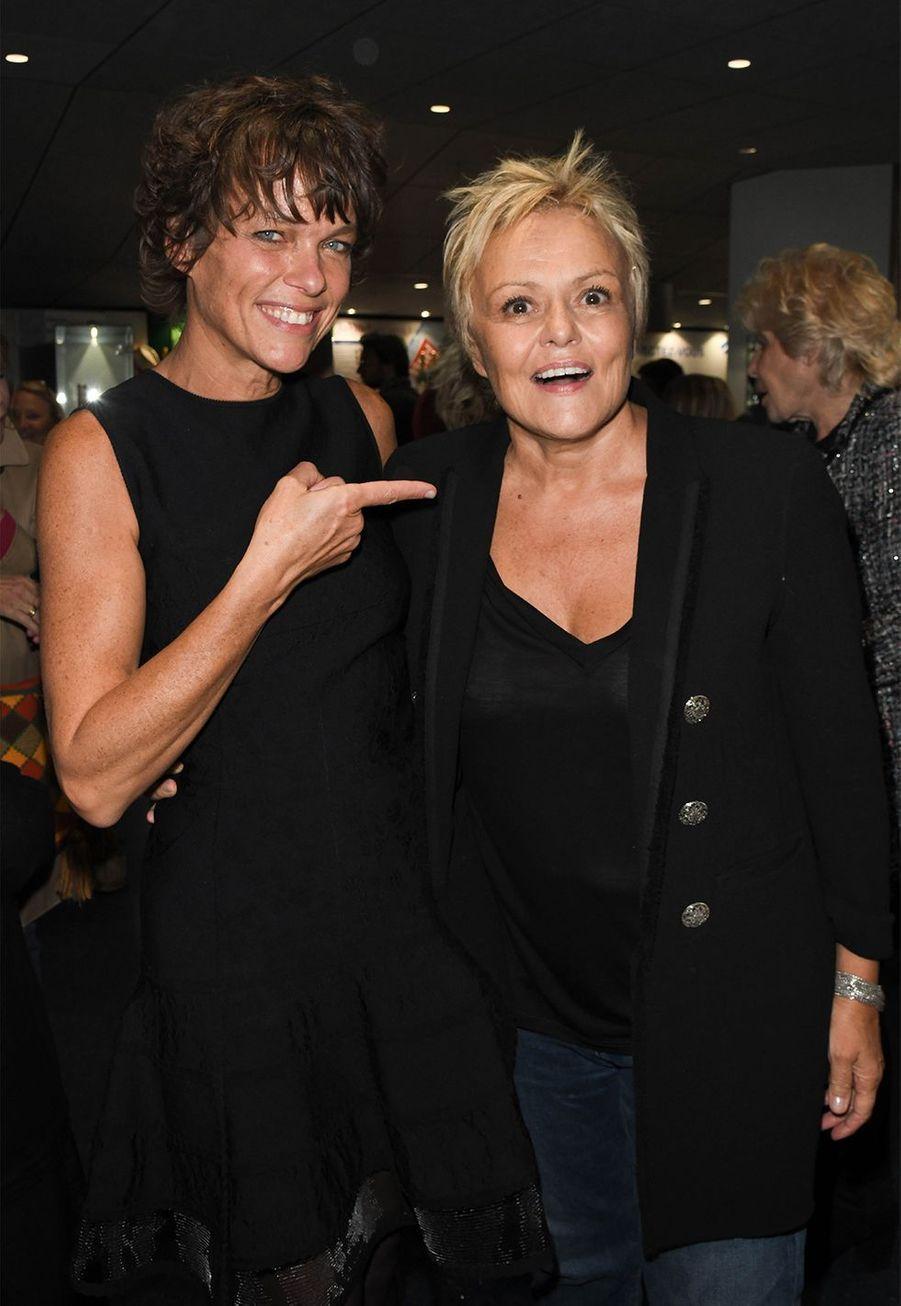 Muriel Robin et Anne Le Nen se sont pacsées en 2009.
