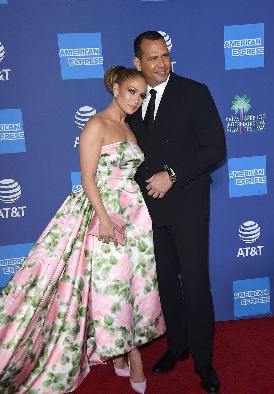 Jennifer Lopez et son compagnonAlex Rodriguezau Palm Springs International Film Festival le 2 janvier 2020.