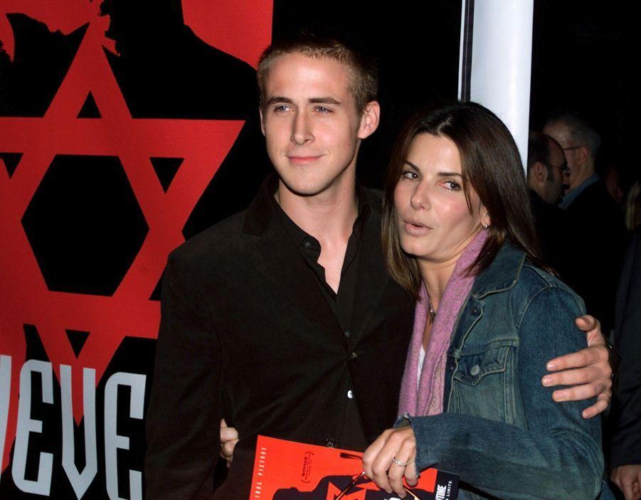 Sandra Bullock en 2001 (avec Ryan Gosling)