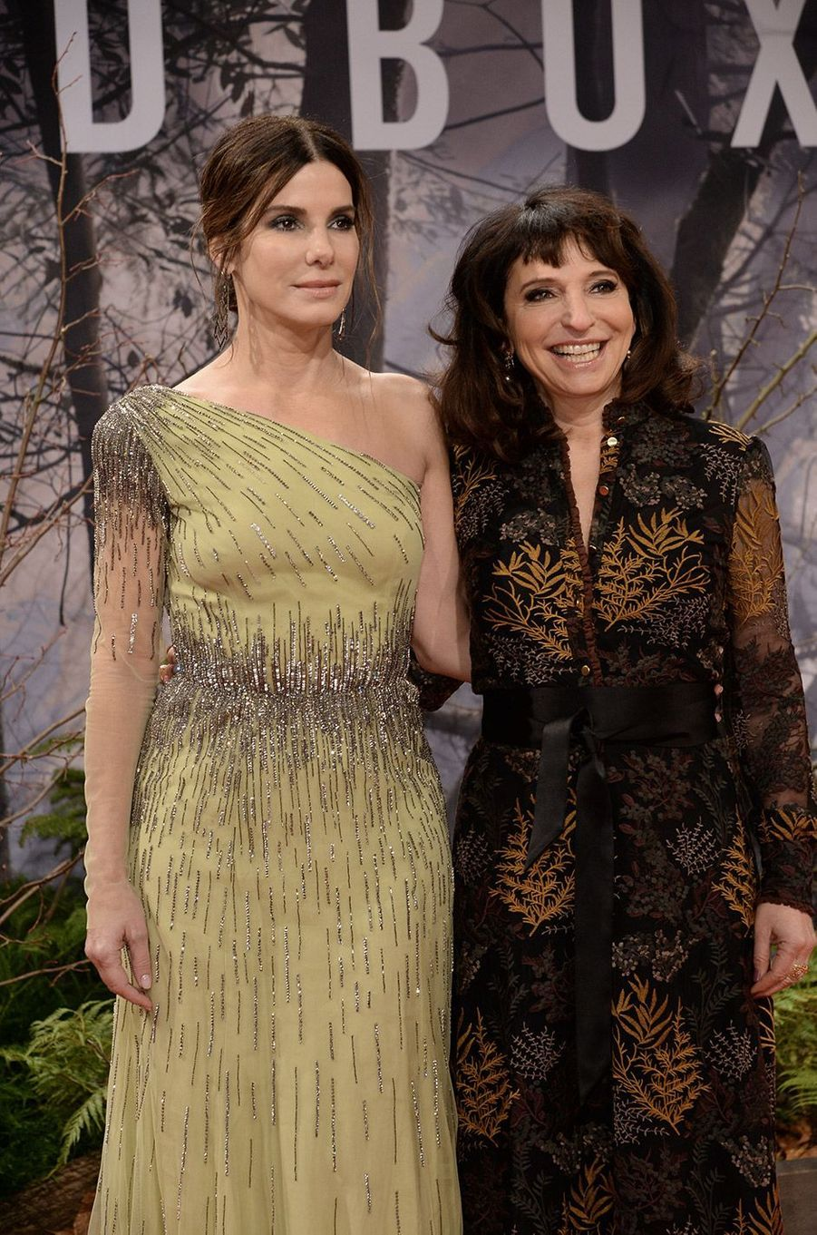 """Sandra Bullock et Susanne Bier à l'avant première de """"Bird Box"""" à Berlin, mardi 27 novembre"""